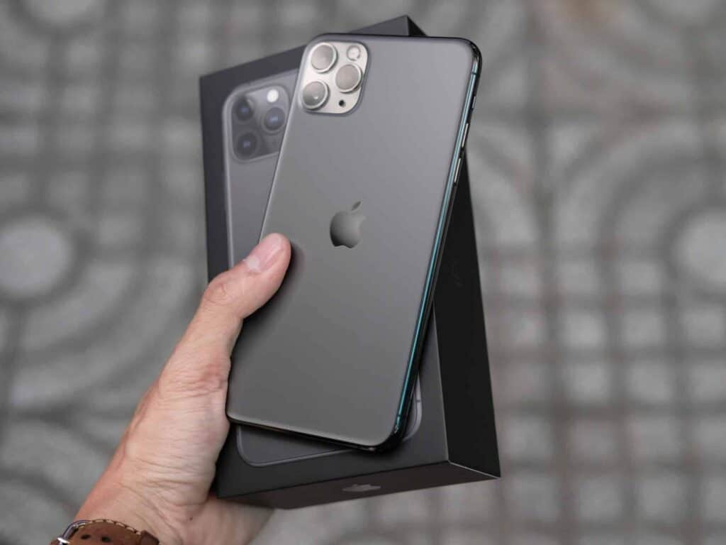 iphone design why rich people use iphone